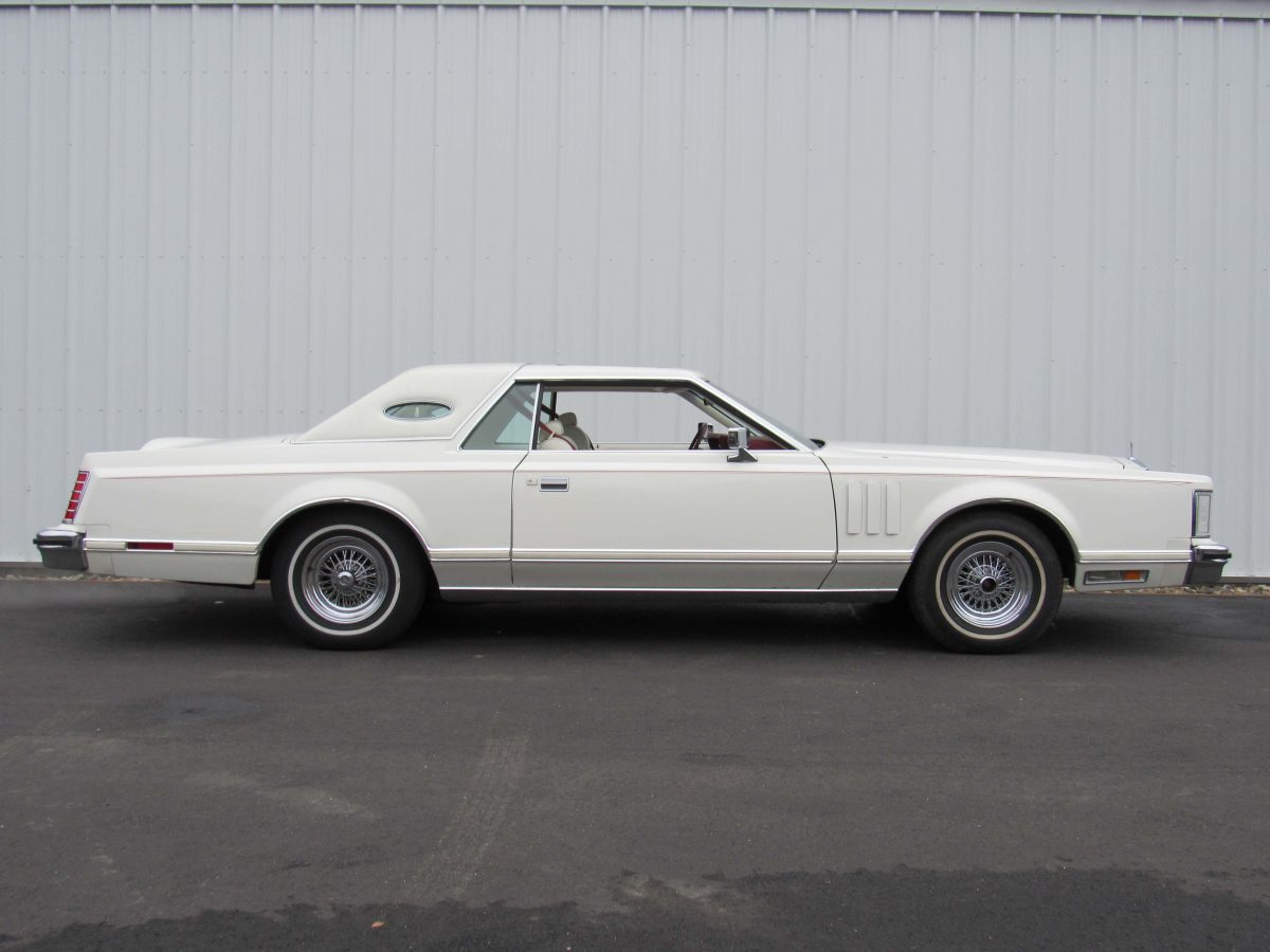 Lincoln continental mark v motorland llc for Lincoln motor company lincoln maine