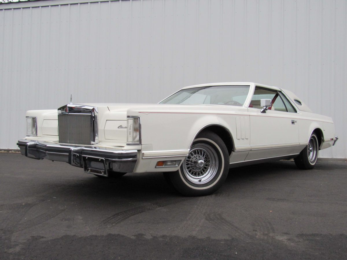Lincoln continental mark v sold maine motorland llc for Lincoln motor company lincoln maine